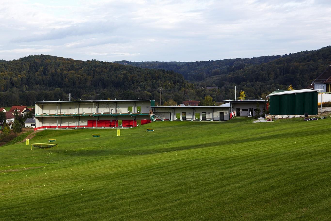 Modern Golf bei Graz eröffnet erste Toptracer Range Österreichs!