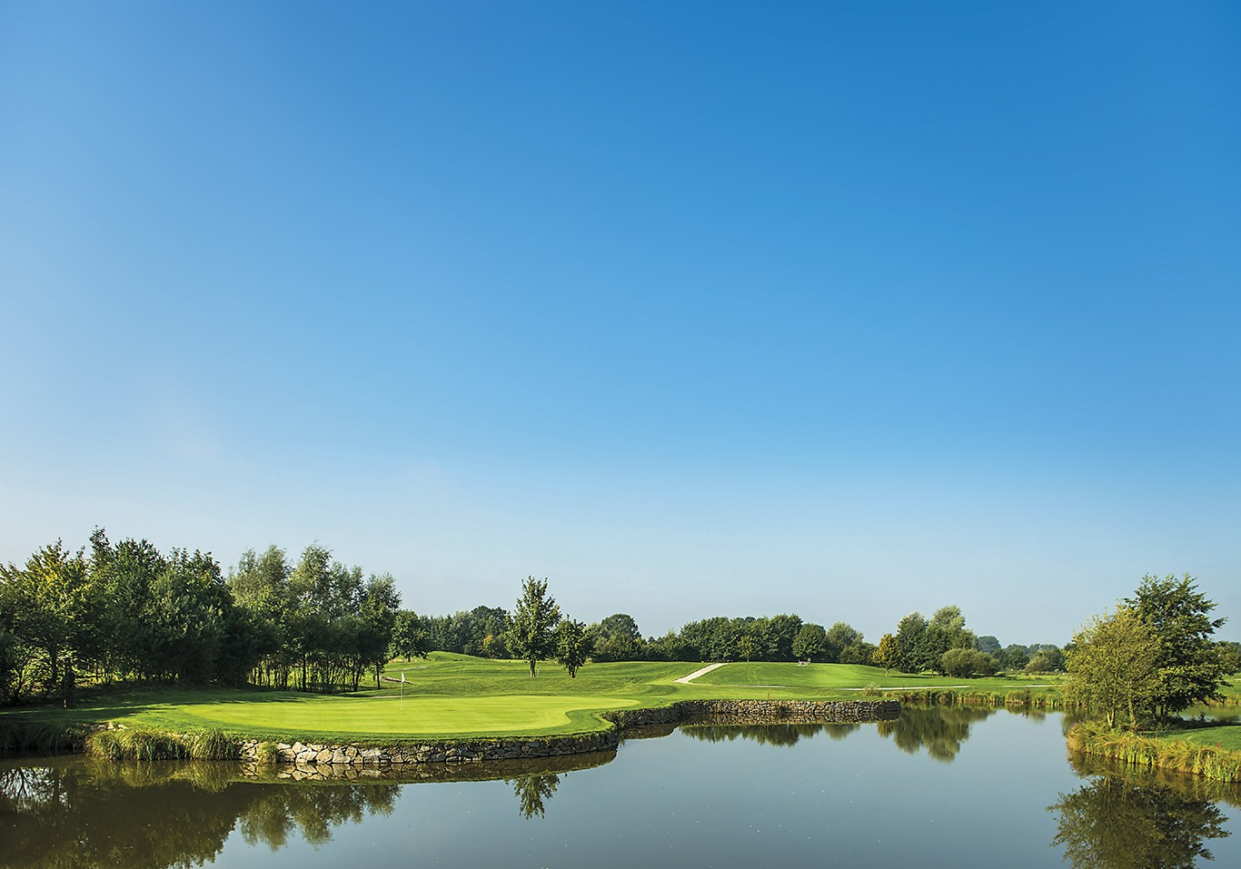 "Golf Resort Bad Griesbach lädt zum ""Blind Hole Tournament"""